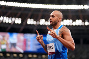 Taliansky šprintér Lamont Jacobs vyhral beh na 100 m na LOH Tokio 2020 / 2021.
