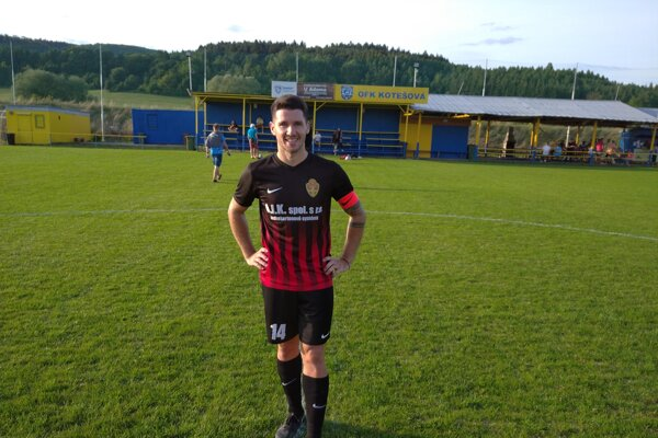 Kapitán Bánovej Ľuboš Horecký strelil v Kotešovej dva krásne góly.