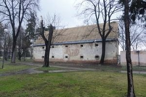 Sýpka patrí medzi najstaršie budovy v meste.