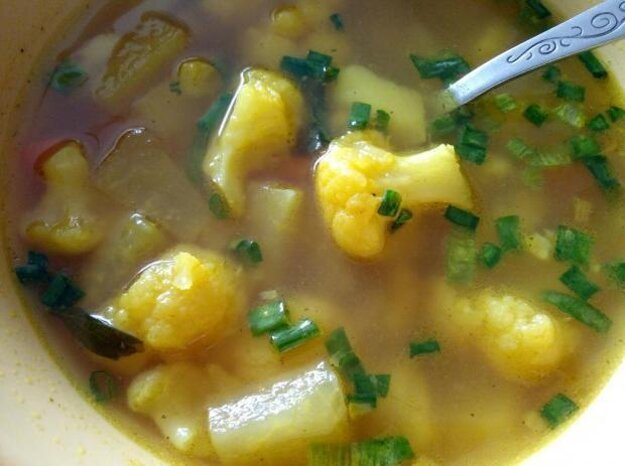 Letná zeleninová polievka