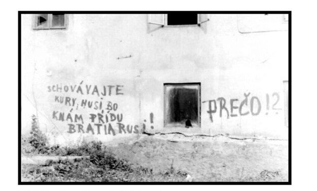 Nápis na jednej z budov v Rožňave.