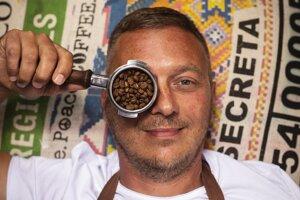 Pražiar kávy Mayo Galuška z 9 Grams Coffee