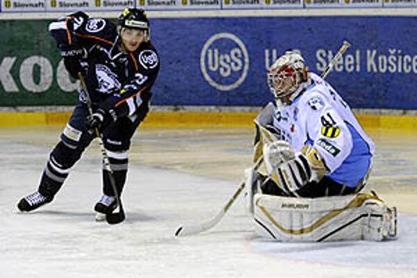Košičan Frolík strelil Lacovi v 48. min. gól na 3:0.