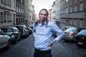 Líder Pirátov Ivan Bartoš.