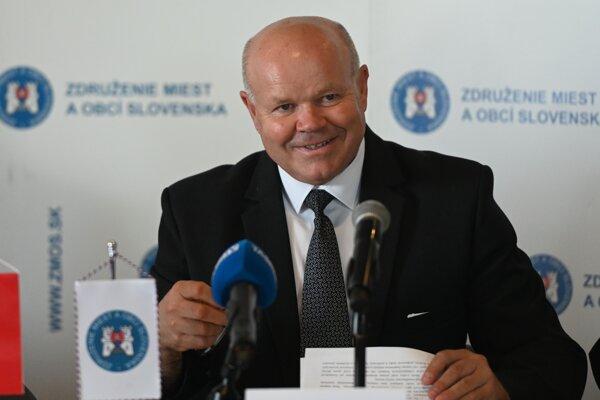 Predseda ZMOS Branislav Tréger.