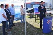 Podpredseda BBSK Ondrej Lunter sa vyjadril na stretnutí vo Vinici aj  k reforme zdravotníctva.