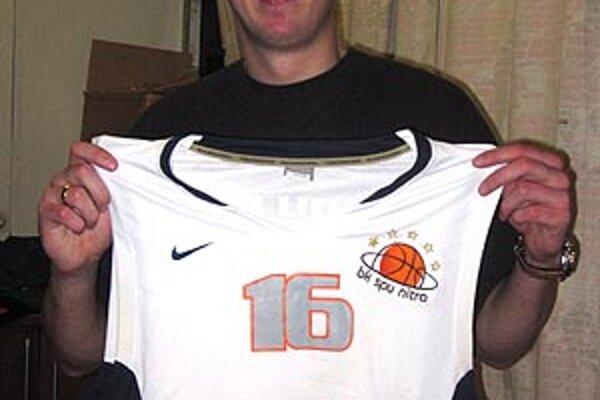 Raitis Grafs dostane v Nitre dres s číslom 16.