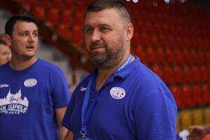 Tréner Tomáš Mažár.
