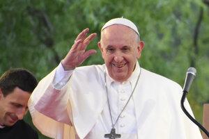Pápež povzbudil Rómov svojou bezprostrednosťou.