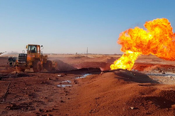 Bojovníci IS nastražili na plynovode bomby.