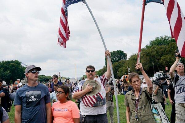 Demonštrácia na podporu obžalovaných stúpencov republikánskeho exprezidenta Donalda Trumpa.