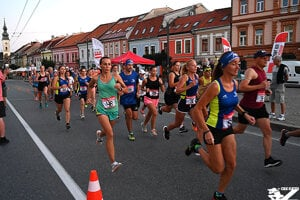 Hlavná ulica od križovatky s Jarkovou ulicou po križovatku s ulicou Hurbanistov bude uzavretá od 15.00 do 21.30.