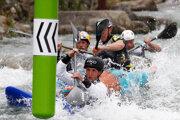 Pretekári súťažia v extrémnom slalome na tohtoročných majstrovstvách Európy. Cez víkend sa táto disciplíne pôjde v Čunove.