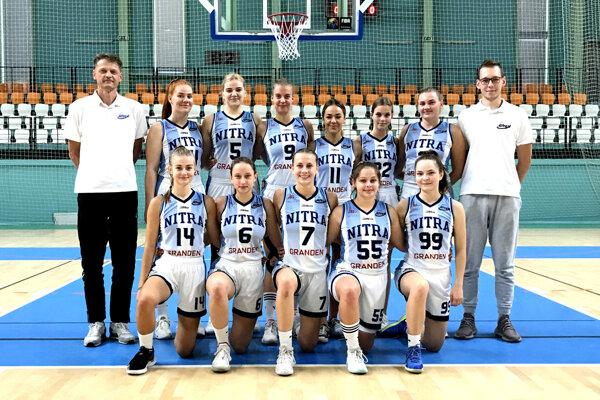 Basketbalové ženy BKM Junior UKF Nitra.