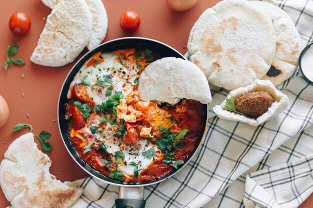 Vajíčka v paradajkovej omáčke. K receptu sa dostanete po kliknutí na obrázok.