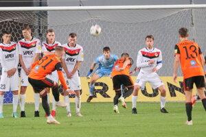 Domáci Ružomberok v oranžovom strelil mikulášskemu Tatranu 4 góle.