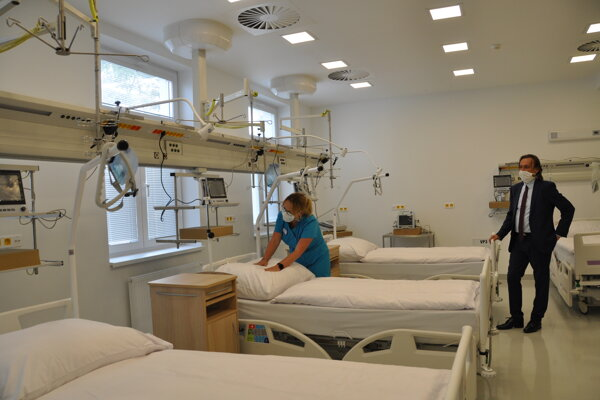 Nové gynekologicko-pôrodnícke oddelenie v Hornooravskej nemocnici sa radí medzi najmodernejšie na Slovensku.