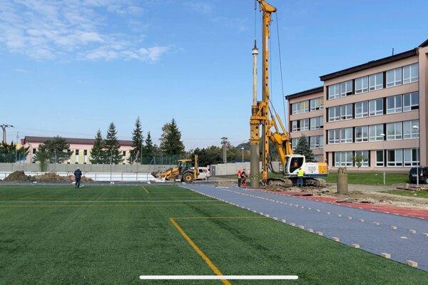 Práce začali na začiatku októbra.