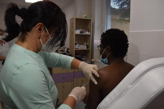 Ghančan Adam je presvedčený o potrebe očkovania proti covidu.