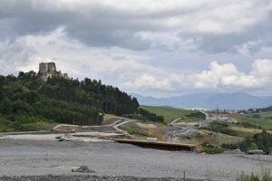Stavba diaľničného úseku Ivachnová - Hubová pri Ružomberku, 2. júla 2021.