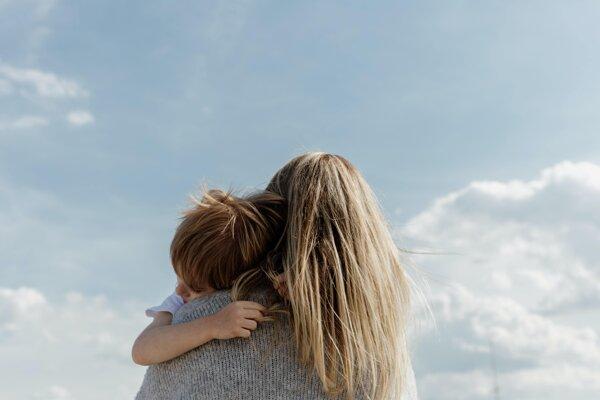 Materstvo ženu zmení v mnohých ohľadoch. Ako sa zmení jej mozog?