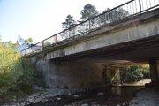 Stavebo-technický stav mosta je veľmi zlý.