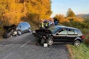 Rozsah zranení u účastníkov nehody zatiaľ nie je známy.