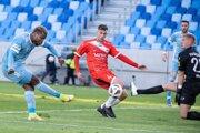 Liptáci na Slovane hrali od 35 minúty oslabený o svojho kapitána.