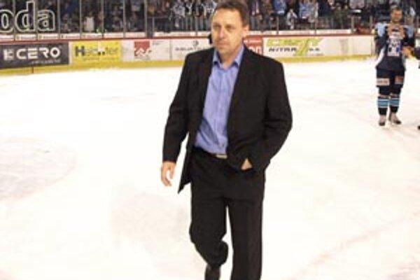 Hokejový tréner Peter Oremus z Nitry odchádza.
