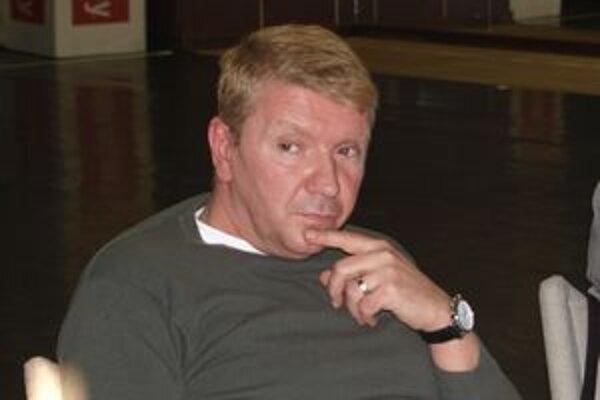 Pre Richarda Stankeho je Čičikov jeho prvou postavou v DAB.
