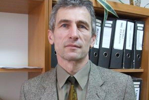 Ignác Púchovský dostal odmeny za oba vlaňajšie polroky. A to aj napriek kríze a snahe kraja šetriť.