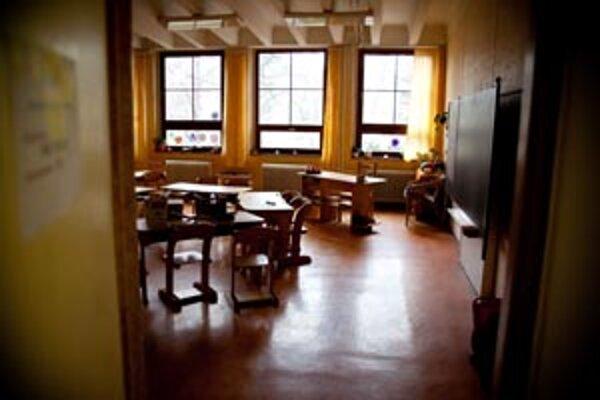 V tomto školskom roku pribudlo do 14-tich mestských základných škôl 703 prvákov, spolu s tromi cirkevnými školami ich je v Nitre 790.