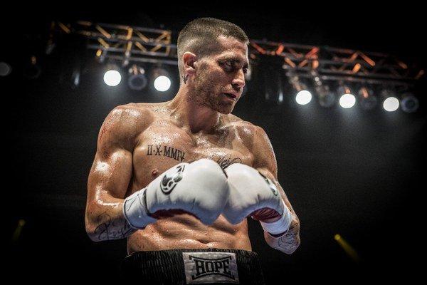 Jake Gyllenhaal. Tentoraz ako boxer, ktorý prišiel takmer o všetko.