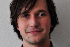 Peter Szalay – teoretik architektúry, pôsobí na oddelení architektúry SAV.
