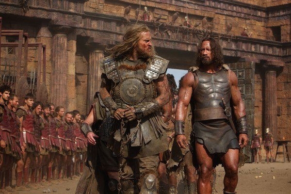 Herkules má menej brnenia než ostatní, ale potreboval by viac lepších hercov vo vedľajších úlohách.