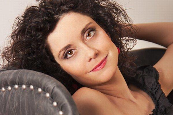 Speváčka Lucia Šoralová (37)