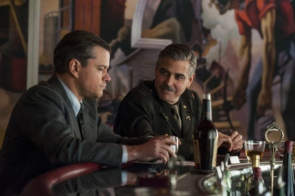 Matt Damon a George Clooney v Pamiatkaroch.