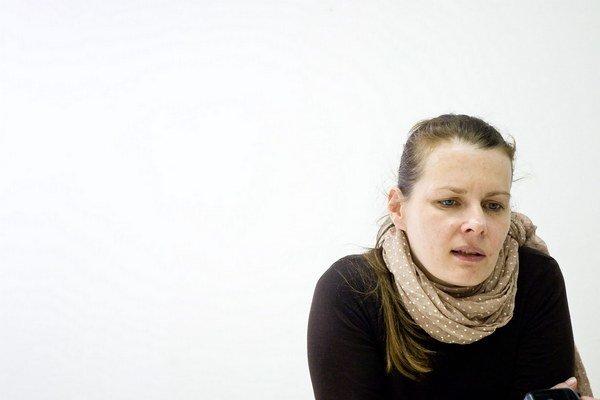 Alexandra Kusá je kunsthistorička, pôsobila ako šéfkurátorka v Moravskej galérii v Brne. V máji 2010 sa stala generálnou riaditeľkou Slovenskej národnej galérie.
