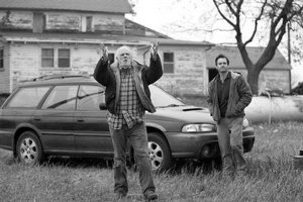 Bruce Dern (vľavo) takú veľkú a peknú úlohu, akú má v Nebraske, nedostal už dobrých dvadsaťpäťrokov.