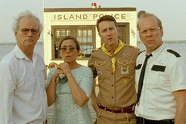 Bill Murray, Frances McDormand, Ed Norton a Bruce Willis ako detinskí dospelí.