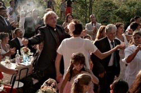 Attila Mokos vo filme Martina Šulíka Cigán.