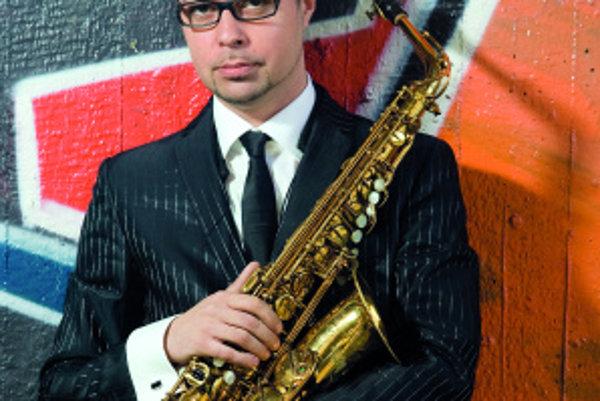 Rado Tariška sa špecializuje na altový saxofón