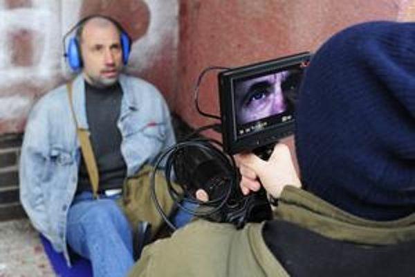 Záber z nakrúcania filmu Devínsky masaker. Do kín by mal prísť v druhej polovici februára.
