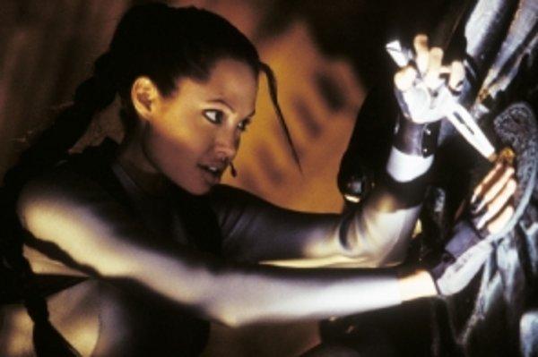 Angelina Jolie ako Lara Croft vo filme Lara Croft Tomb Raider: Kolíska života.