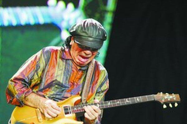 Carlos Santana na vydarenom nedeľnom koncerte v Bratislave.
