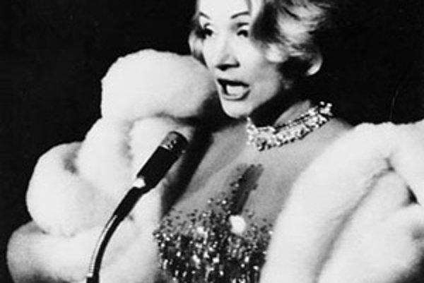 Marlene Dietrich (1967).