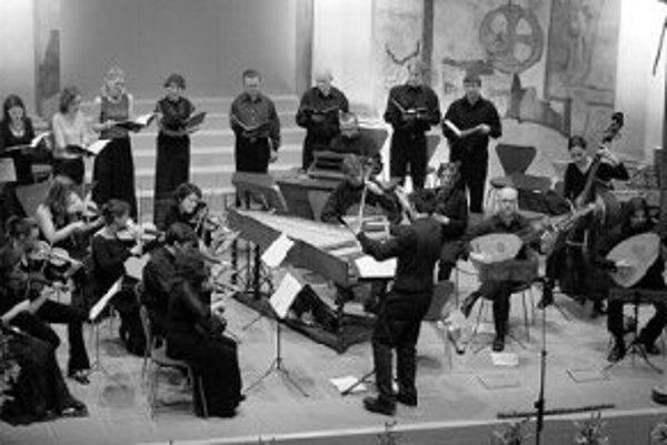 Už po štvrtýkrát sa na konci leta uskutočnia koncerty Pražských hudobných slávností. Tie tohtoročné majú niekoľko zvláštností. Spájajú zážitok z klasickej hudby so zvukom iných žánrov, najmä jazzu, popu a folklóru. Predstavia sa mladí umelci, ktorí sebav