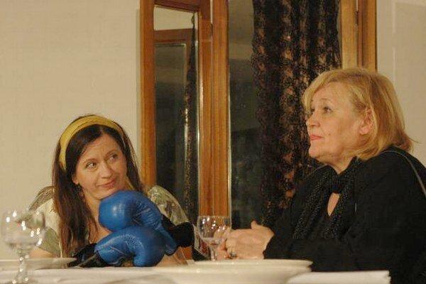 Tretiu novembrovú sobotu bude hrať Divadlo Astorka v Senci.