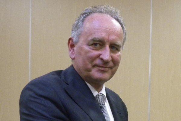 Karol Kvál je primátorom Senca od roku 2002.