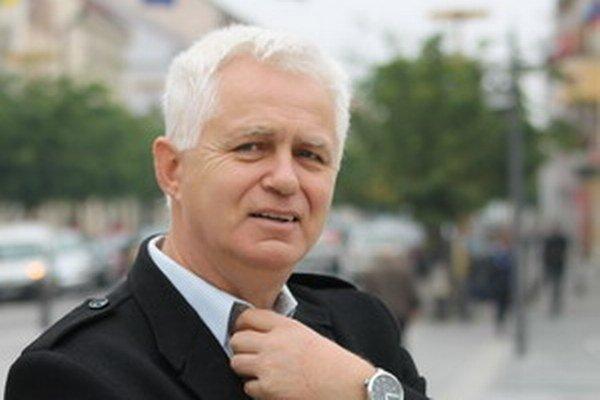 Jozef Klokner sa bude uchádzať o primátorský post ako nezávislý.